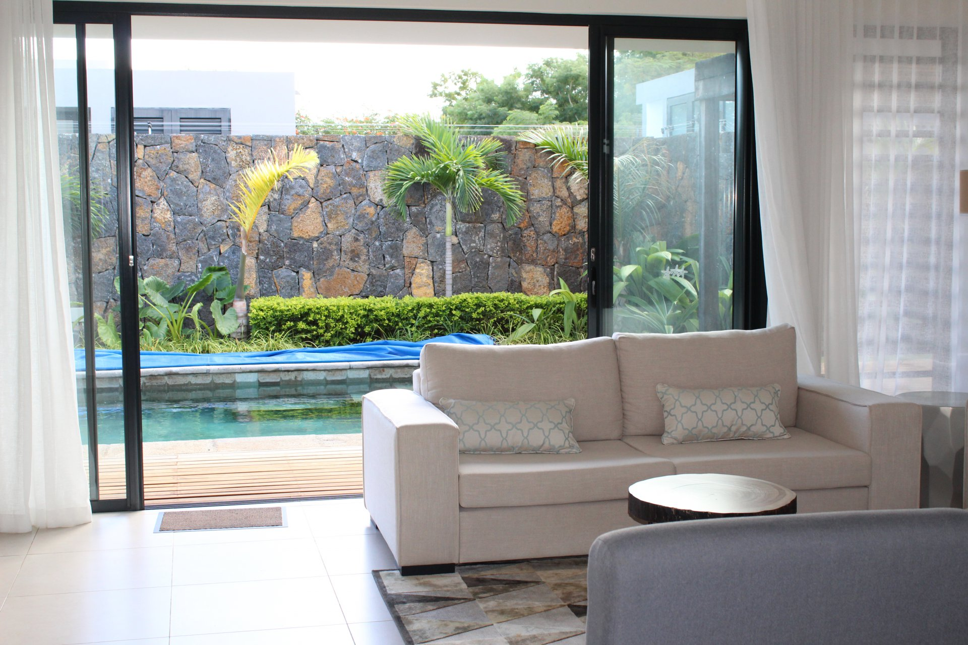 Typical island-style living environment villa