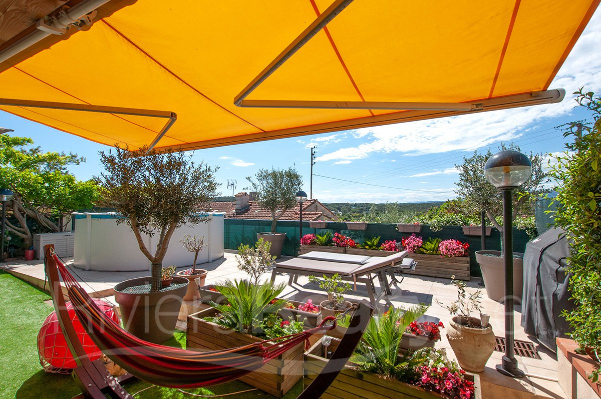 Semi detached 3/4 bed property in Super Antibes