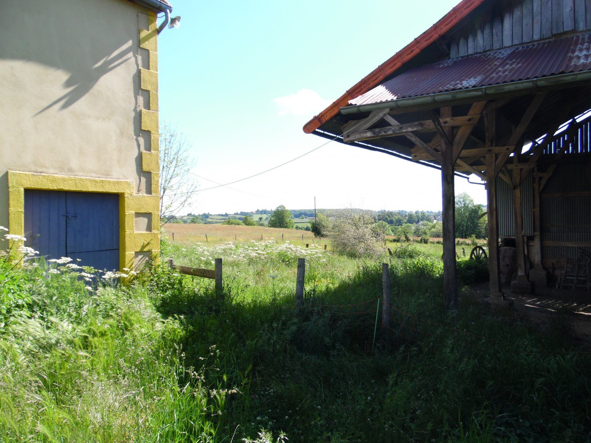 For sale, Auvergne, farmhouse, outbuildings, land 4990m².