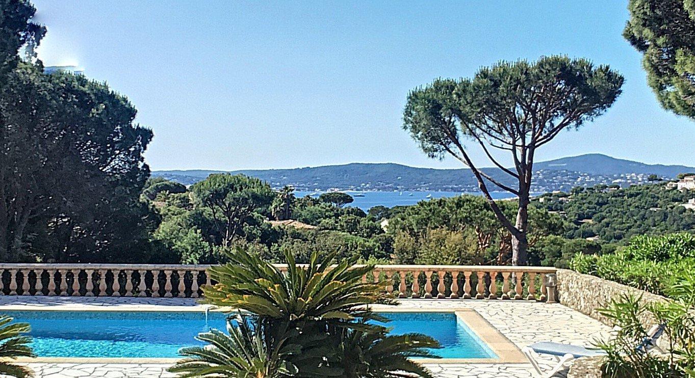 Superbe villa avec vue mer dans résidence sécurisé
