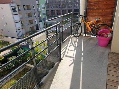 SAINT-ETIENNE- Appartement T2 avec balcon  + GARAGE