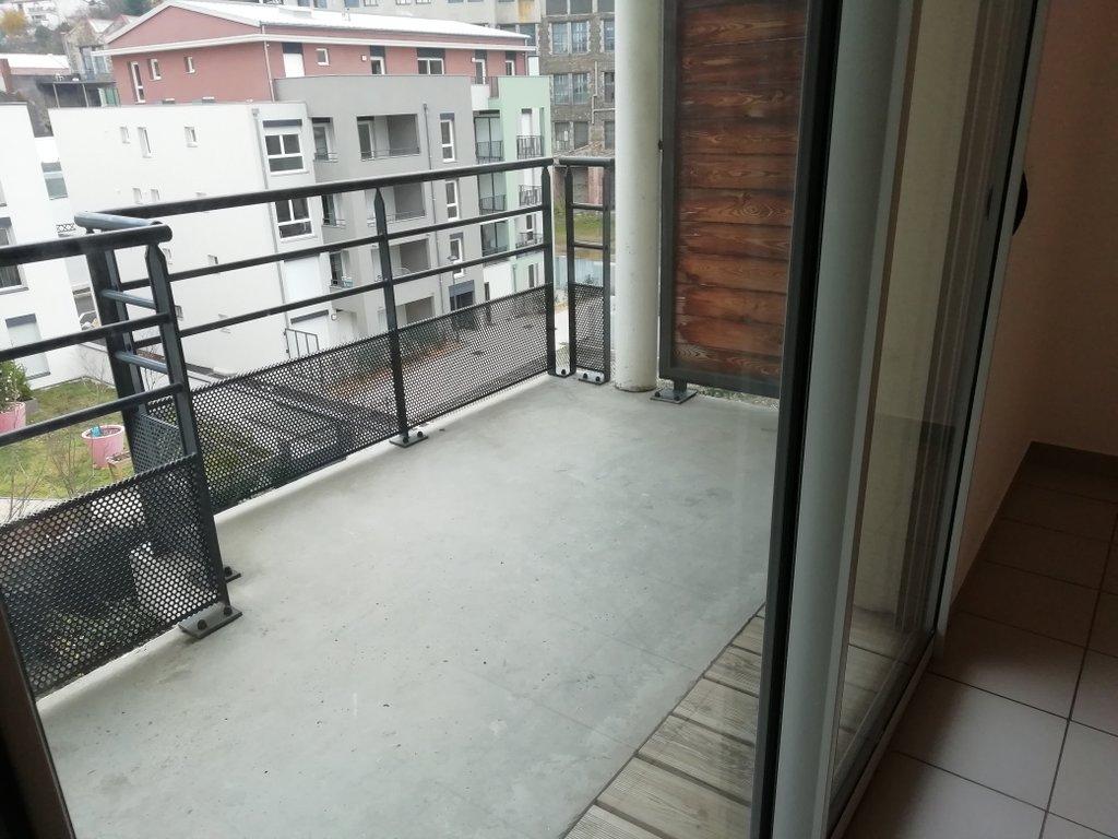 SAINT-ETIENNE- Appartement T2 récent