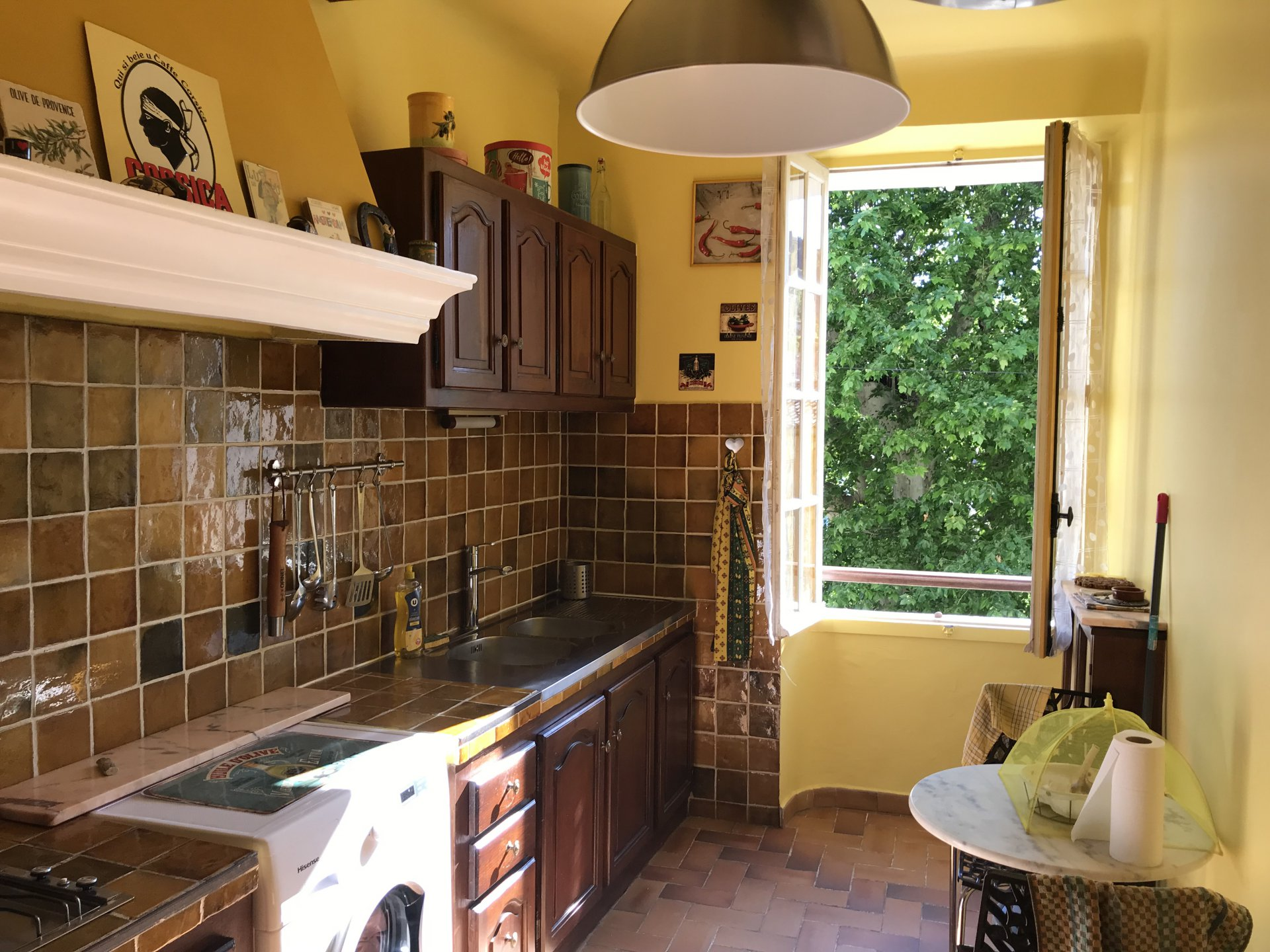2 bed village house with garage, Cotignac