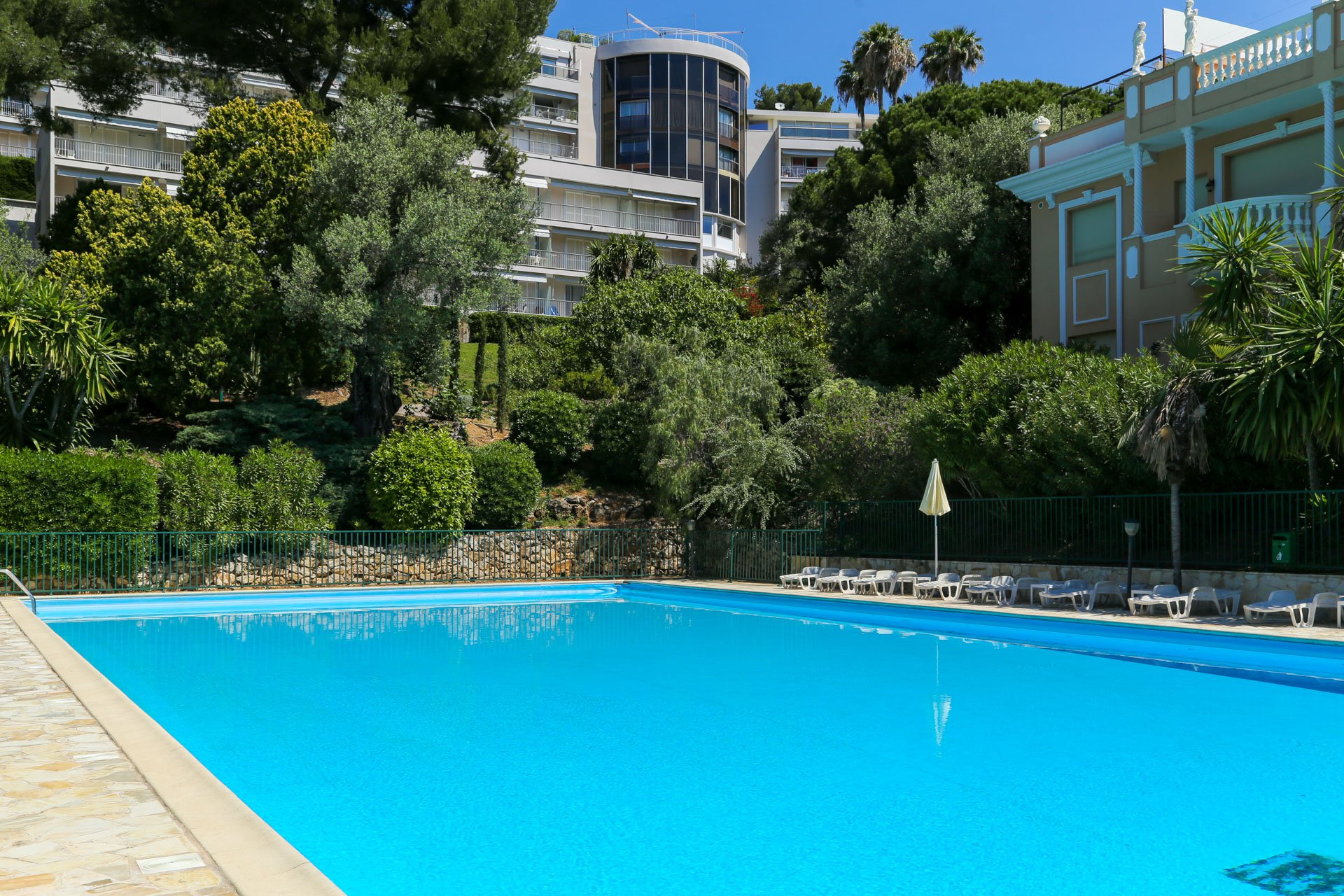 Sale top floor apartment - Roquebrune Cap Martin