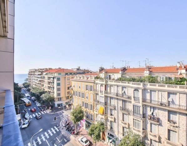 Nice - Carré d'Or - 1-bed apartment with terrace
