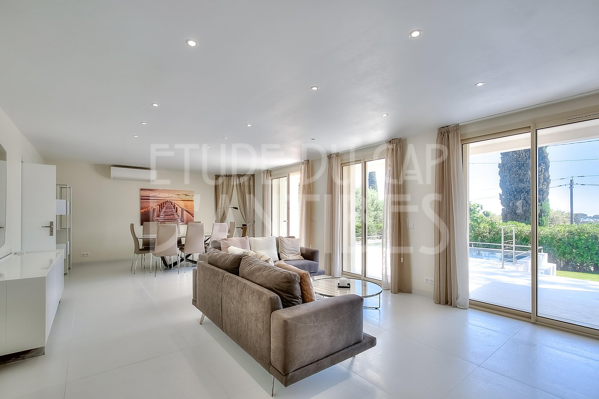 Mangnificent property to rent in Cap d'Antibes