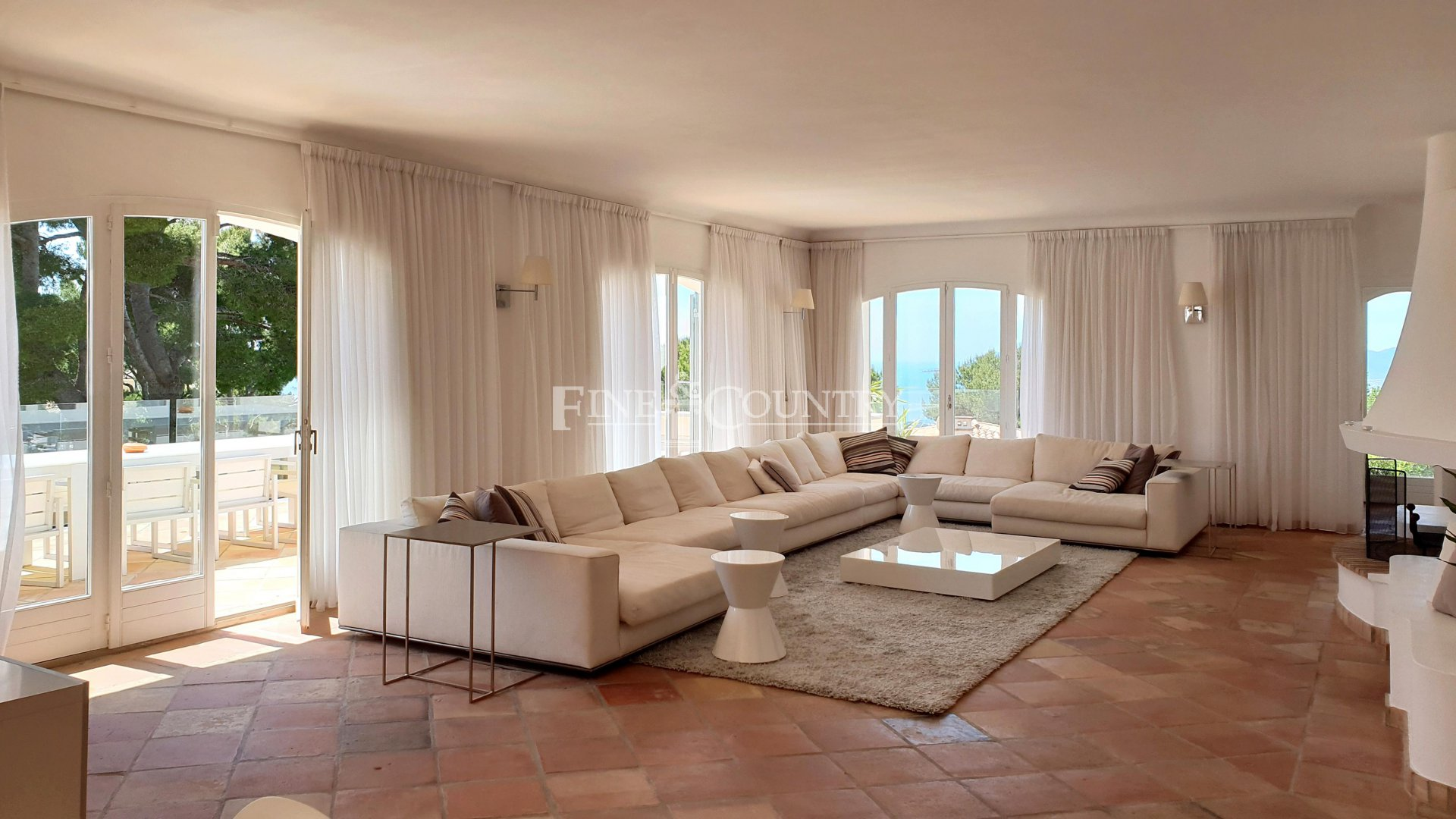 Villa for sale in Super Cannes, Cannes