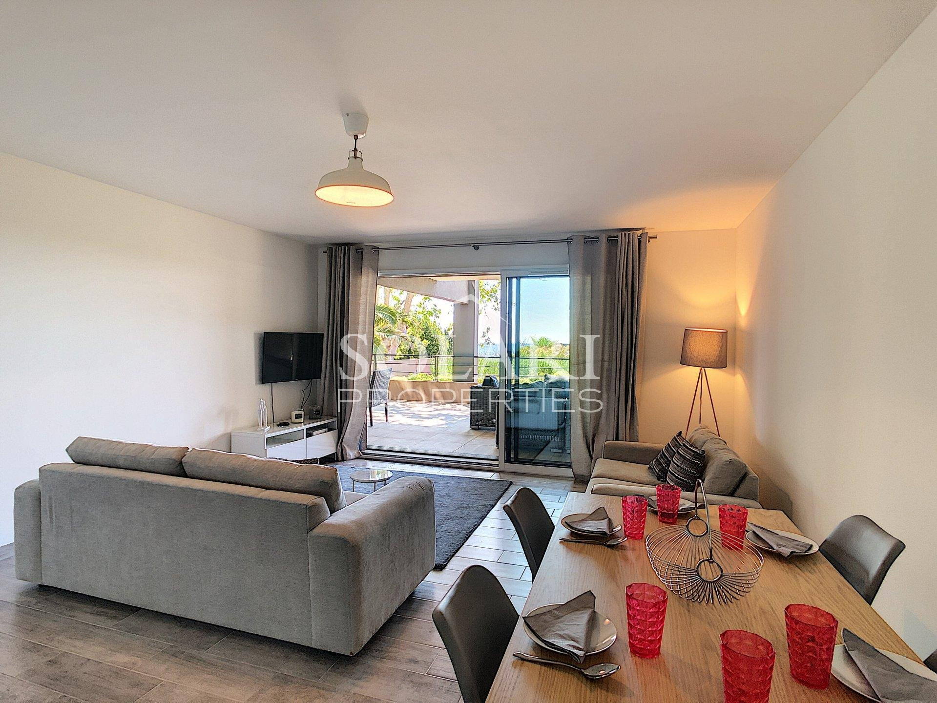 2 bedroom apartment in Theoule