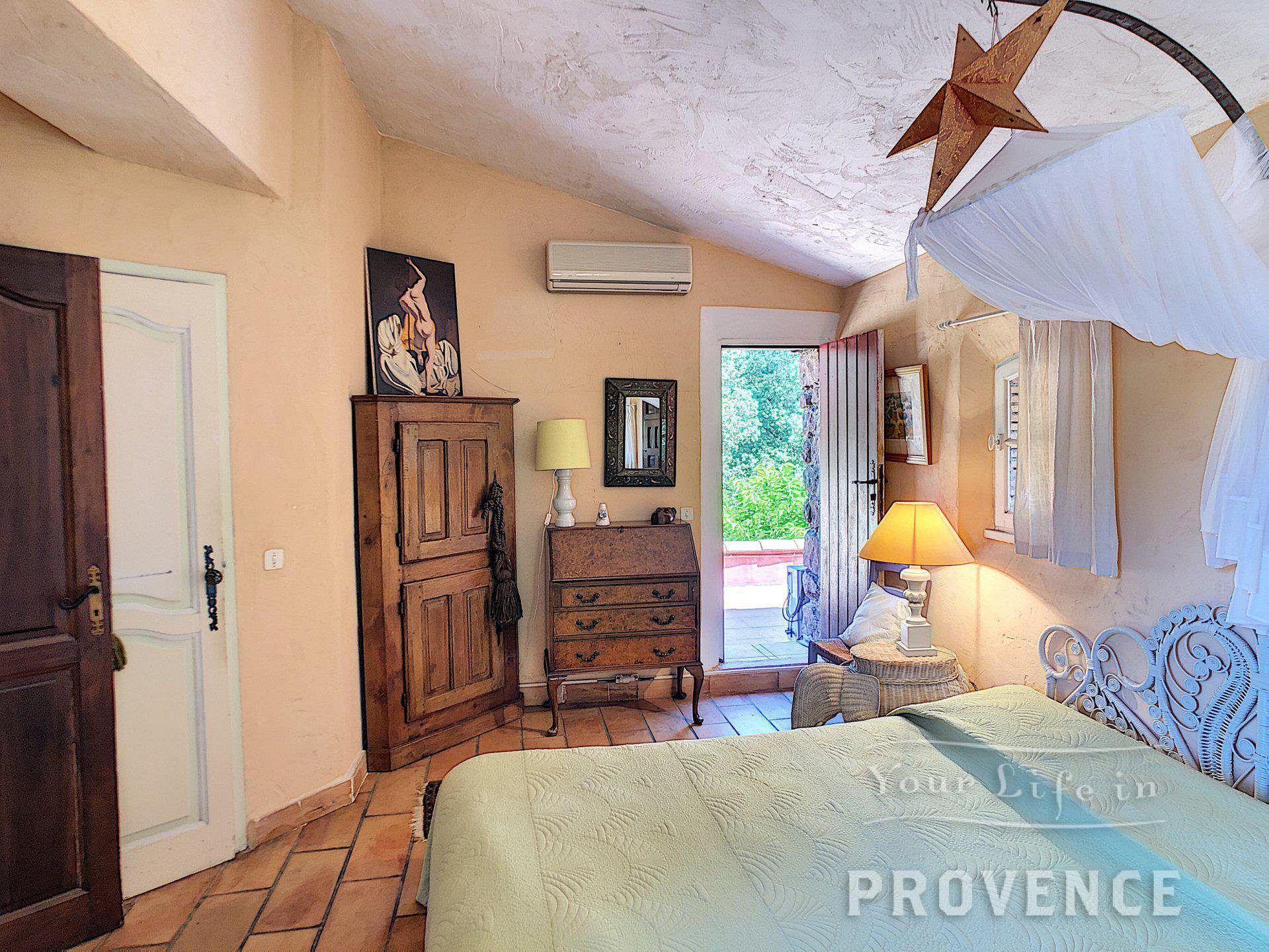 SOLE AGENT  Stunning farm house in Roquebrune stone near Lorgues