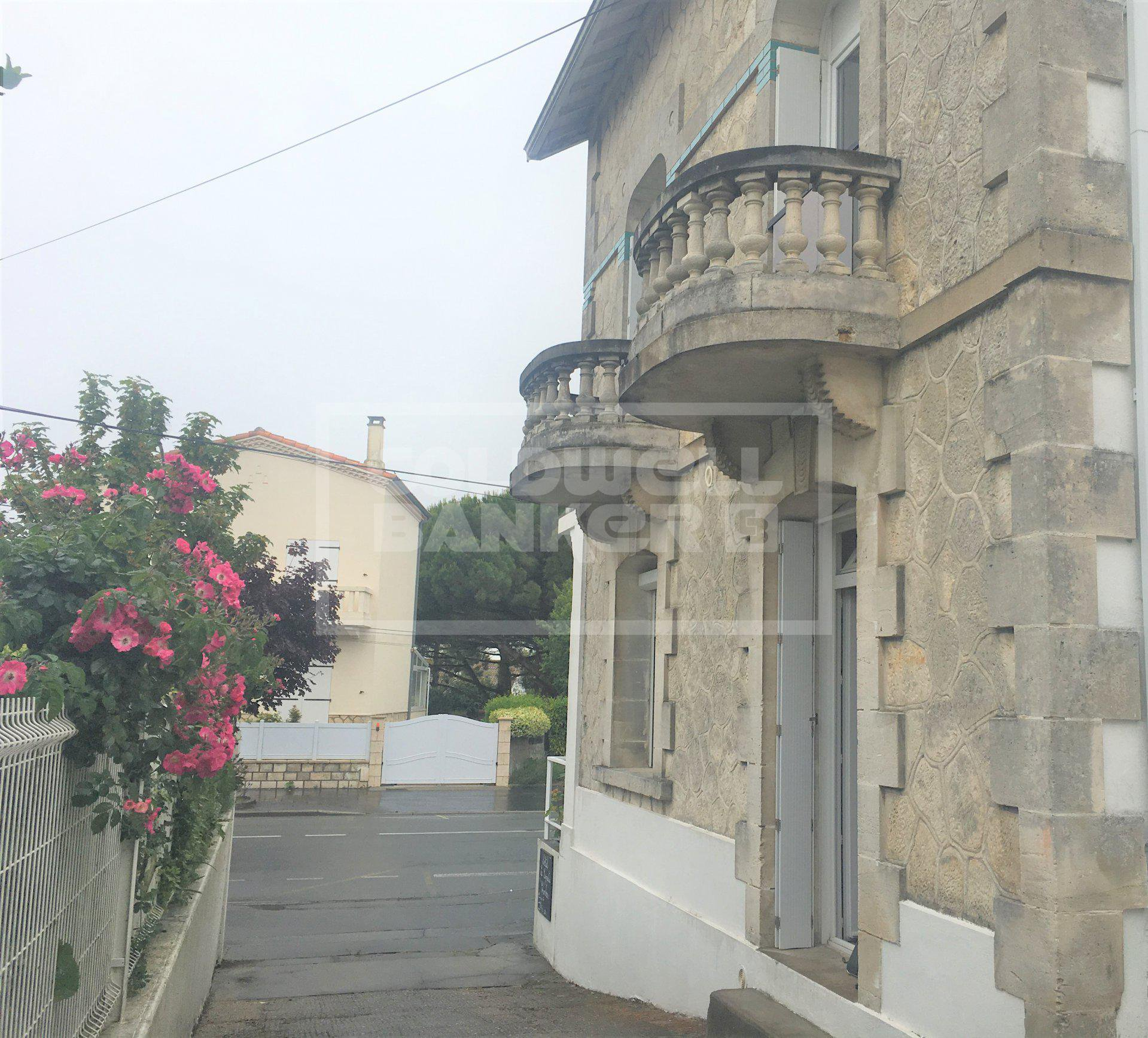 30's Style House for Sale in Royan