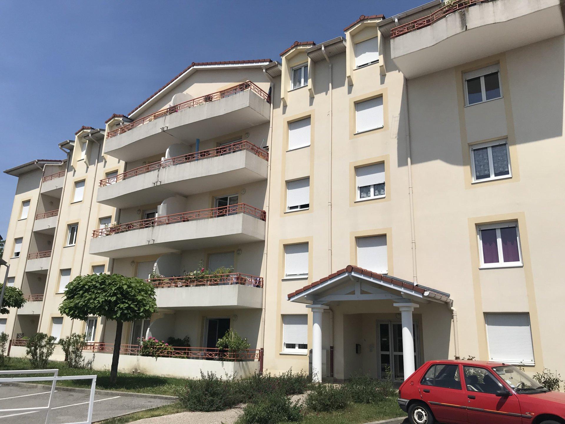 Appartement T3 avec balcon et parking