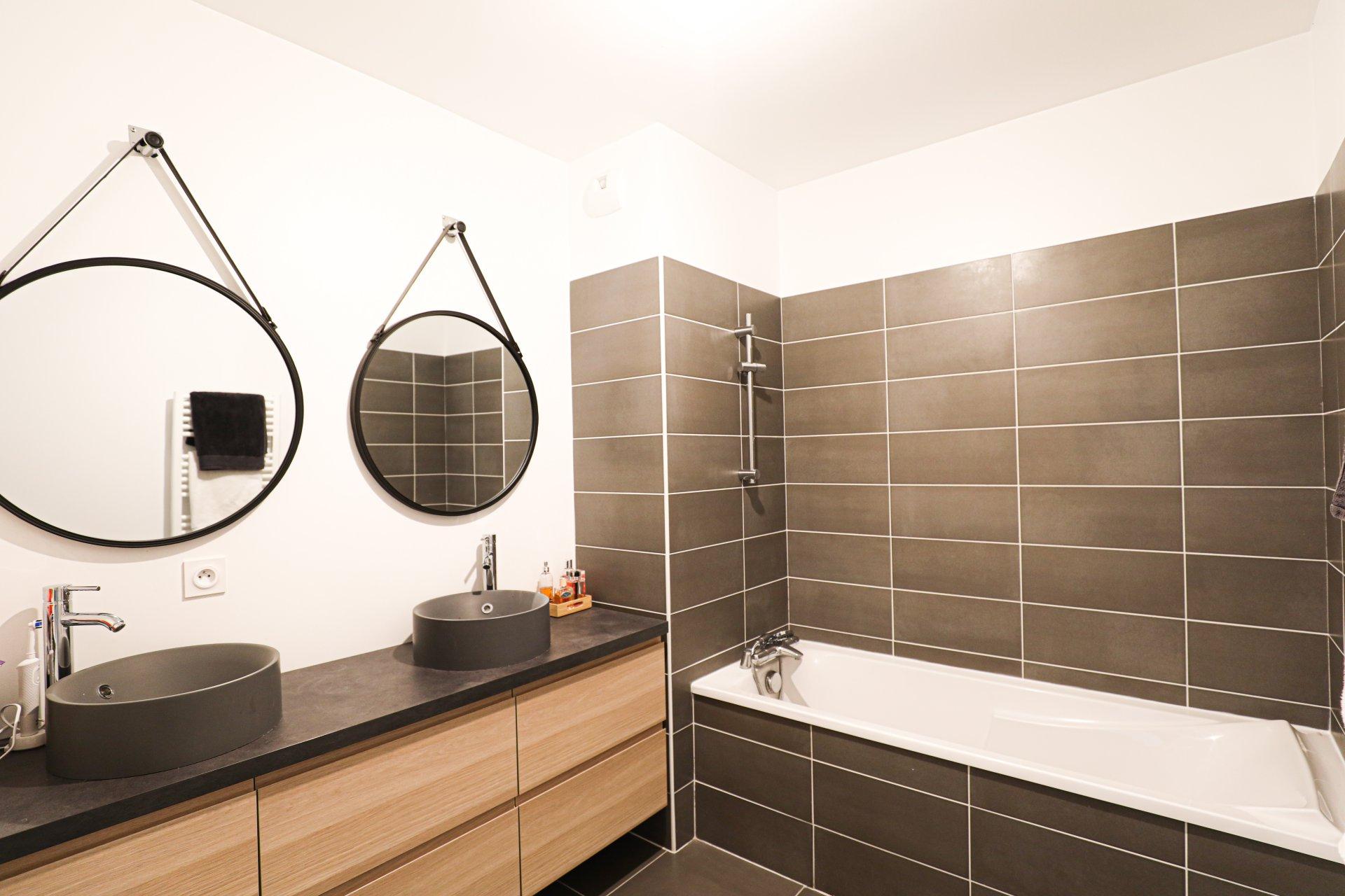 Sale Apartment - Marseille 8ème Bonneveine