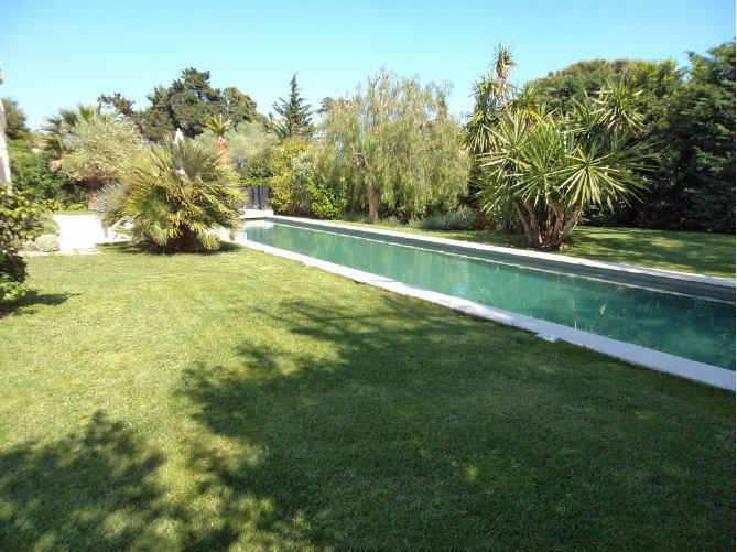 MAGNIFICENT ARCHITECT VILLA - 200 M FROM THE BEACHES