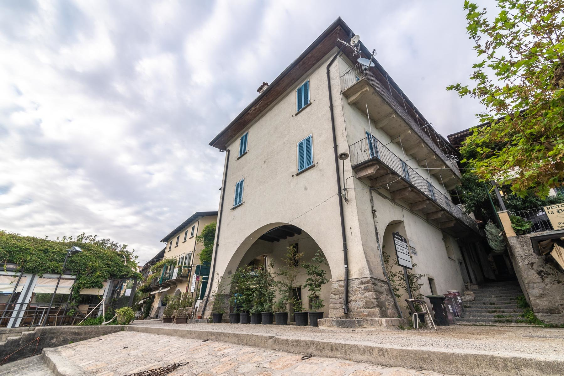 Apartment for sale in Pescatori island,Stresa-external of the real estate