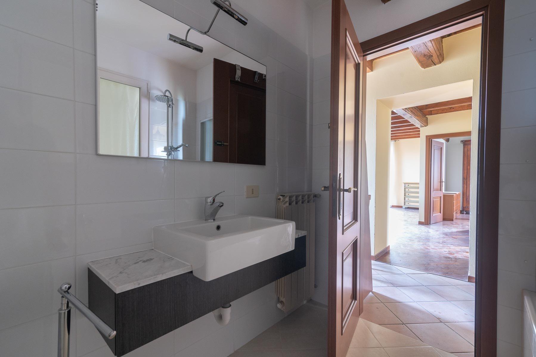 Appartamento in vendita sull'Isola Pescatori, Stresa-bagno
