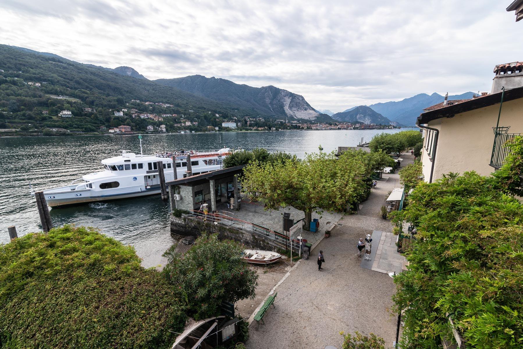 Apartment for sale in Pescatori Island, Stresa - lake view