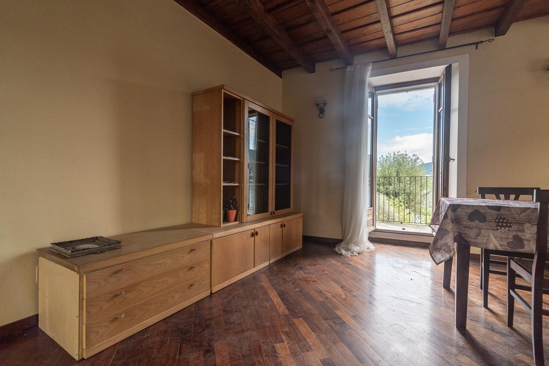 Appartamento in vendita sull'Isola Pescatori, Stresa-soggiorno