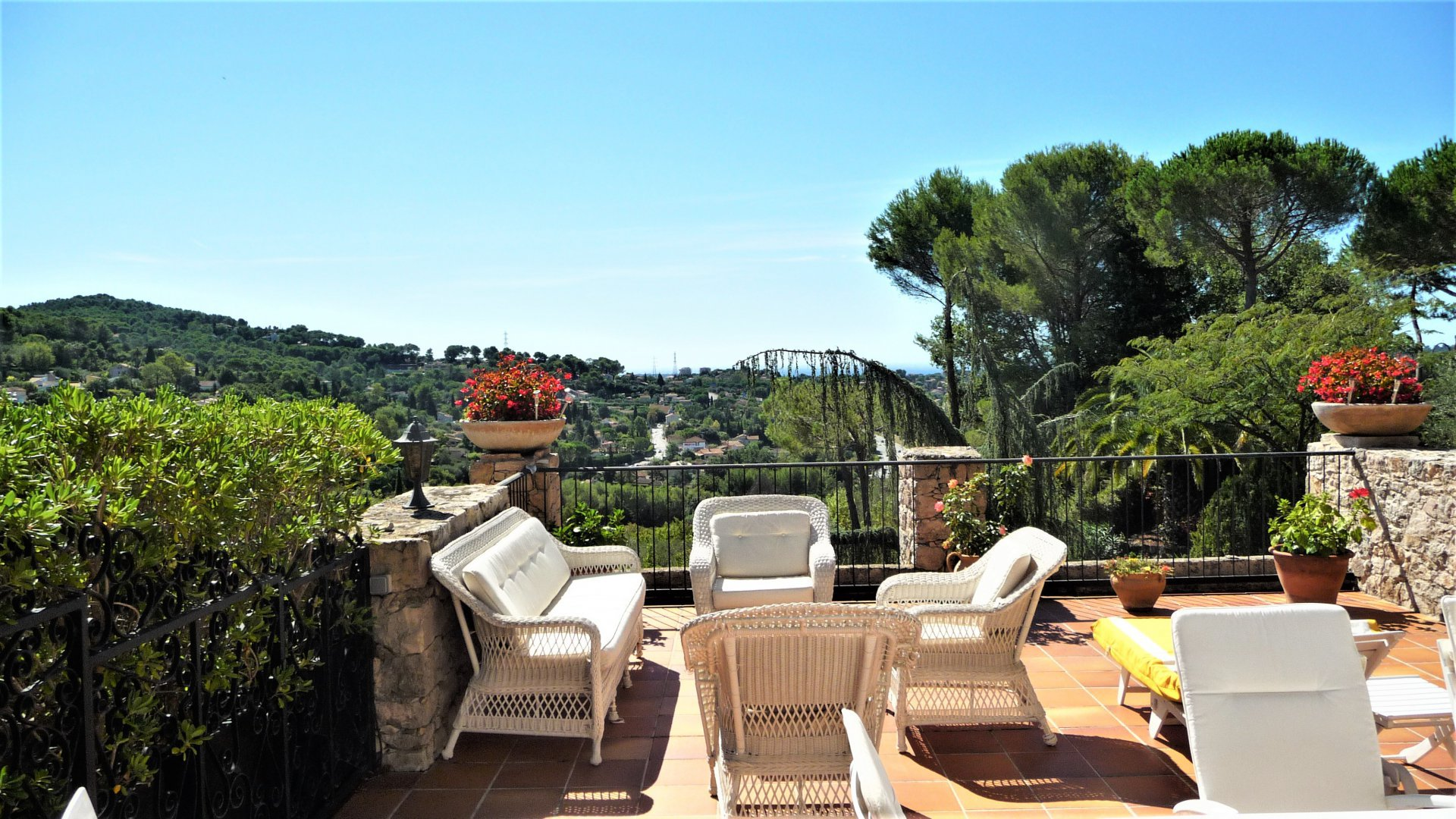 Sale Apartment - Mougins Vaumarre
