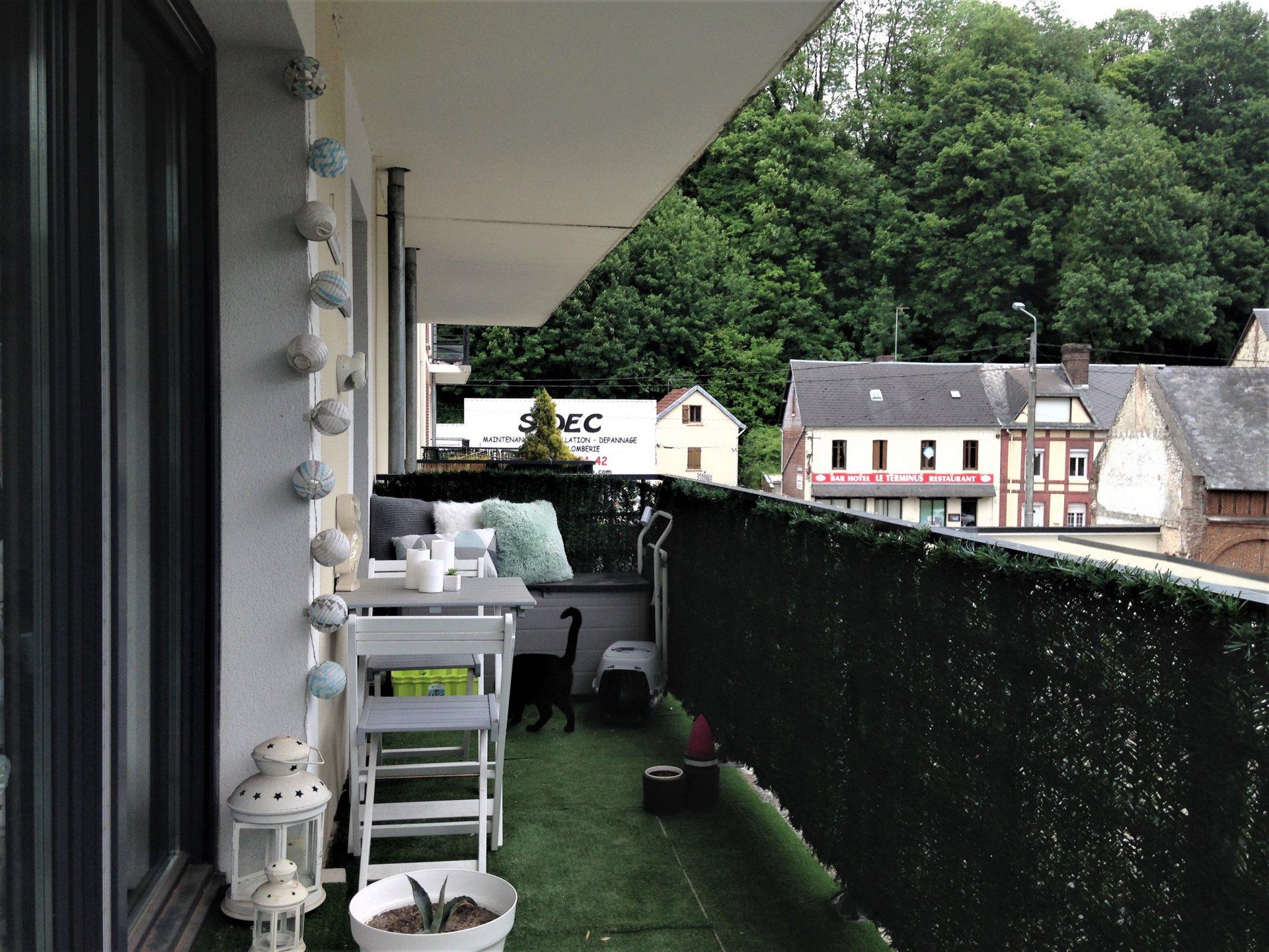 2 pièces avec balcon et place de parking