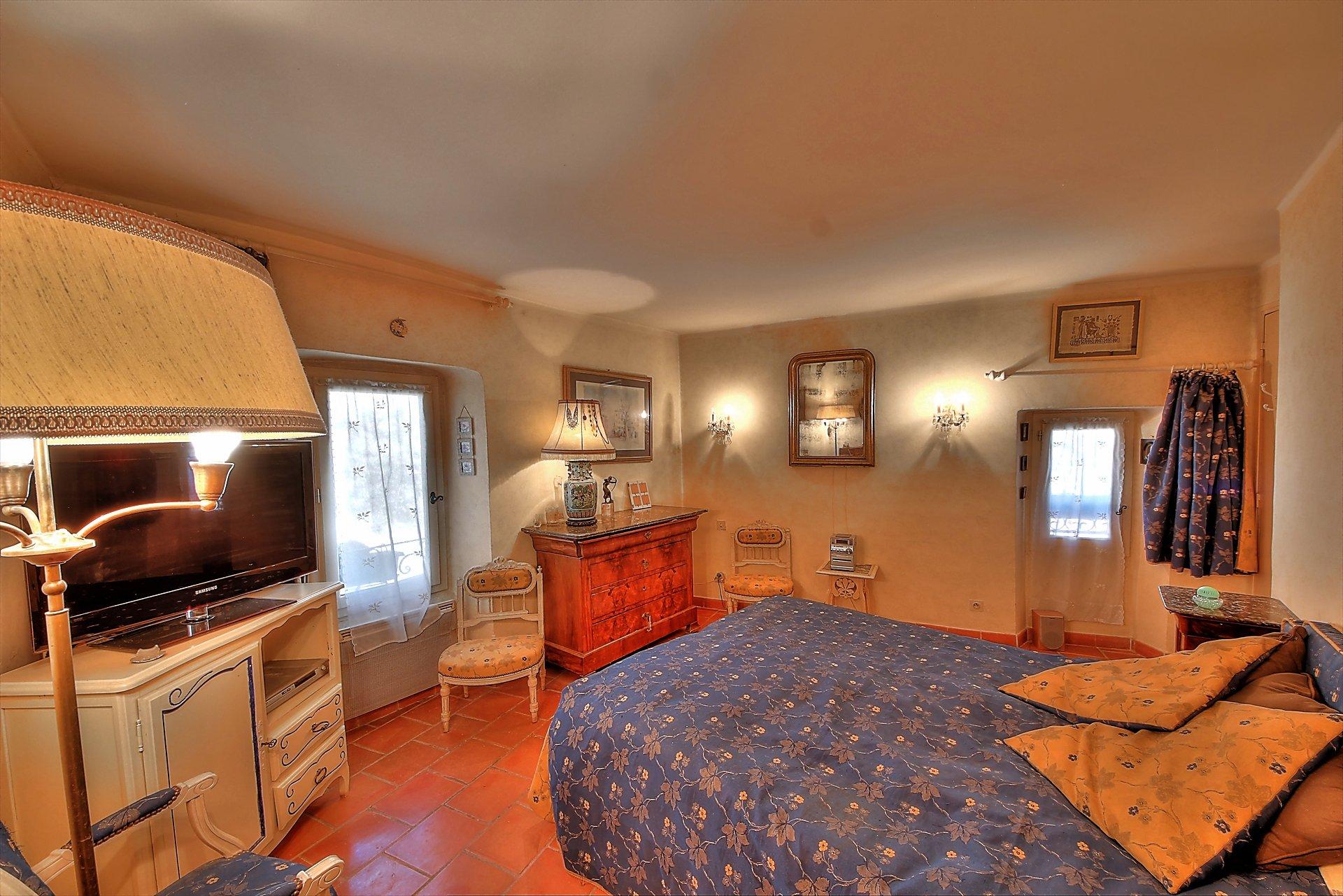 Villecroze, superbe appartement avec terrasse - Vue Dégagée