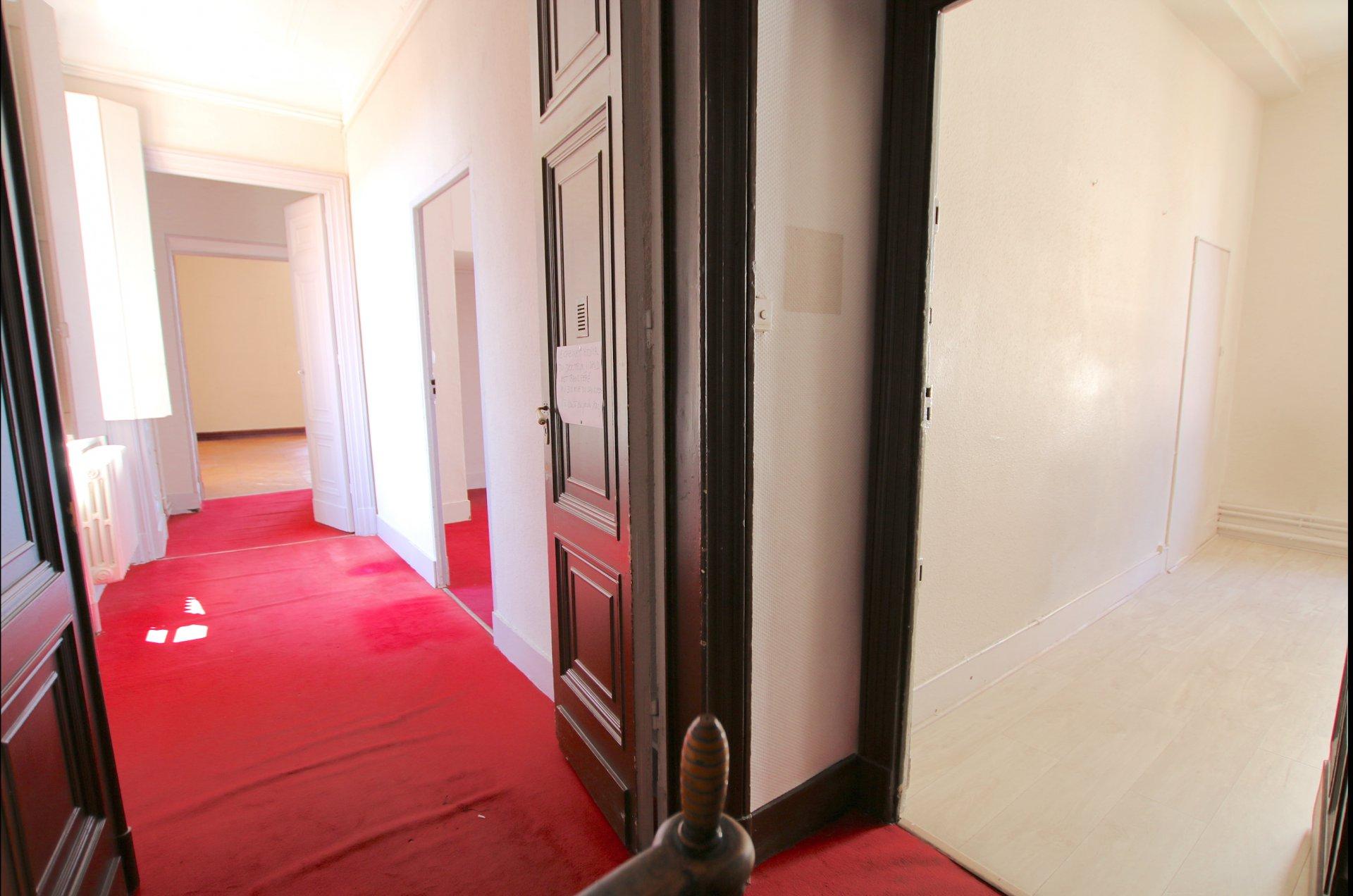 APPARTEMENT/BUREAU T3 - 78 m2 - OZENNE/LANGUEDOC