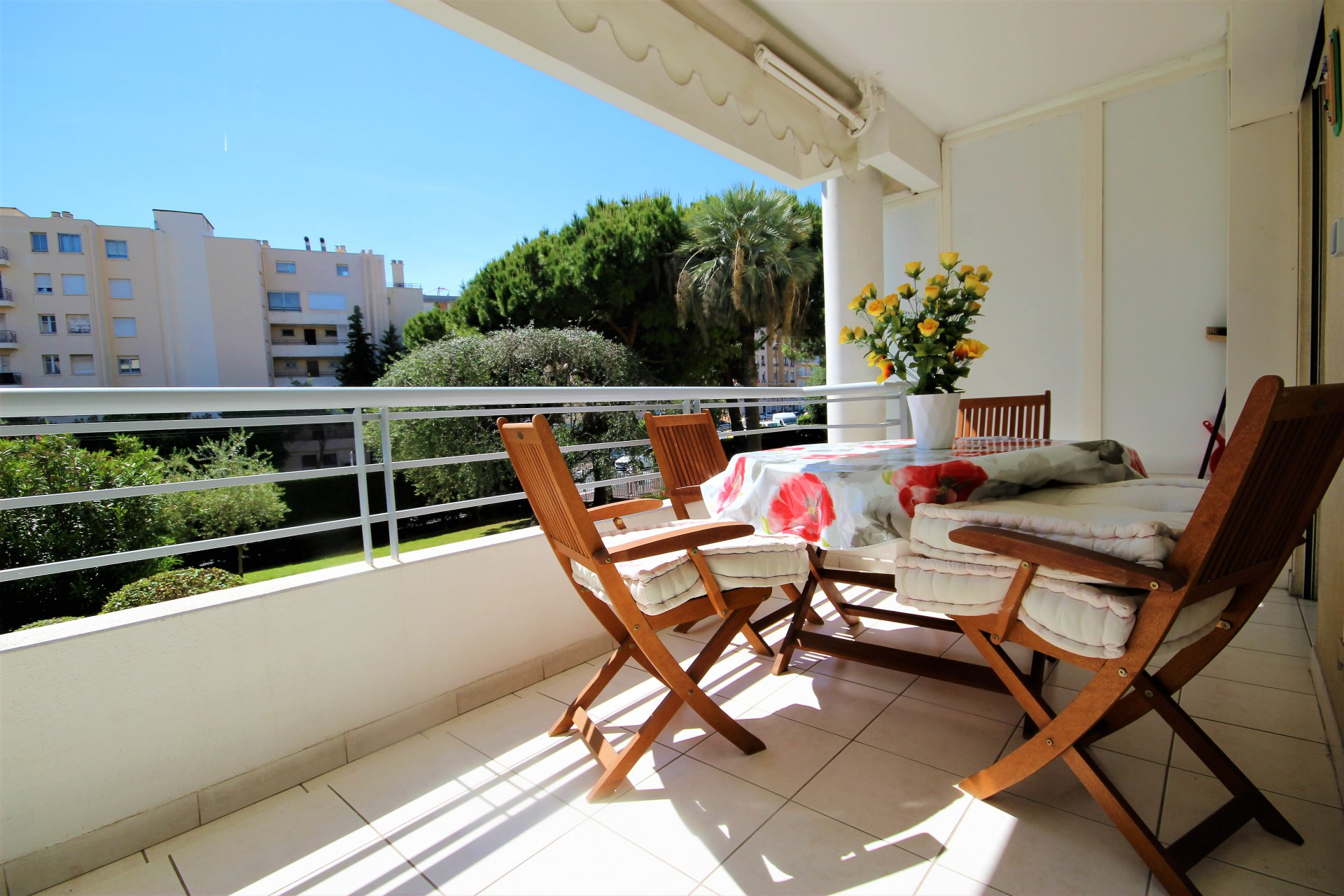 CANNES SALE 3 ROOMS IN VIAGER IN RECENT RESIDENCE WITH SWIMMING POOL