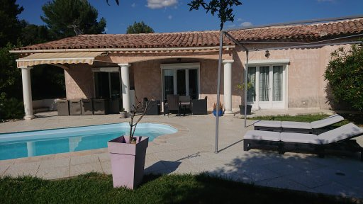 SALERNES VILLA 210 M² WITH POOL