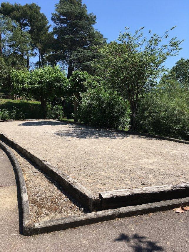 CANNES - 2- roms leilighet med terrasse i flott domene