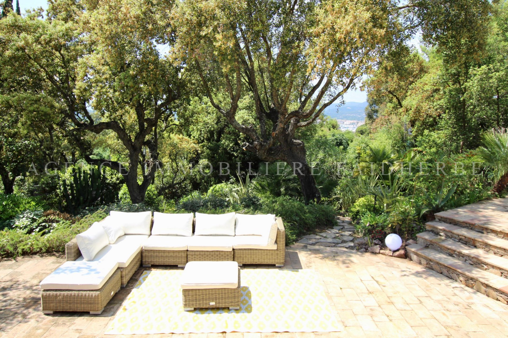 Authentic and provencal property