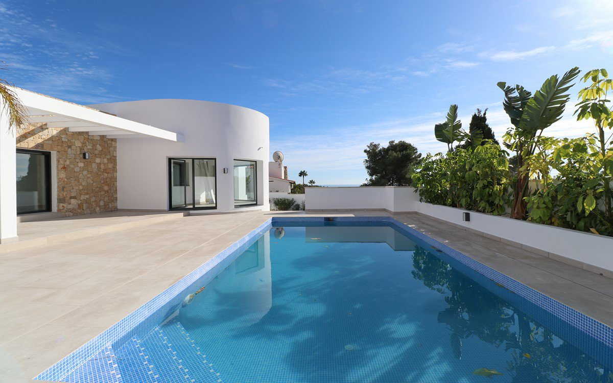 Modern design villa for sale in Benissa Costa