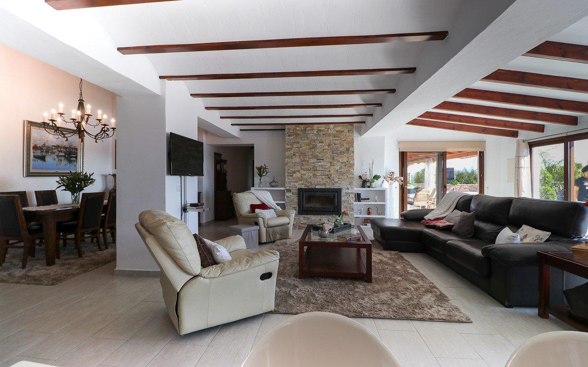 Luxe landhuis met vijf slaapkamers