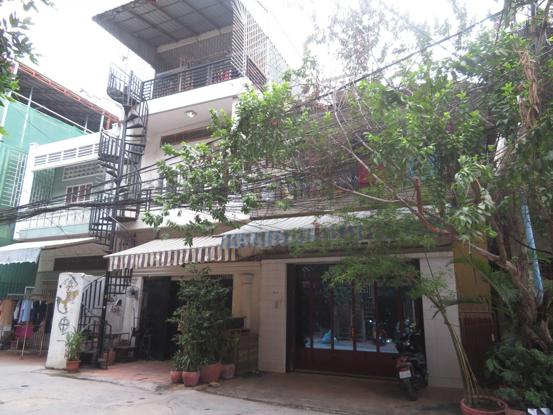 出售 平房子 Daun Penh
