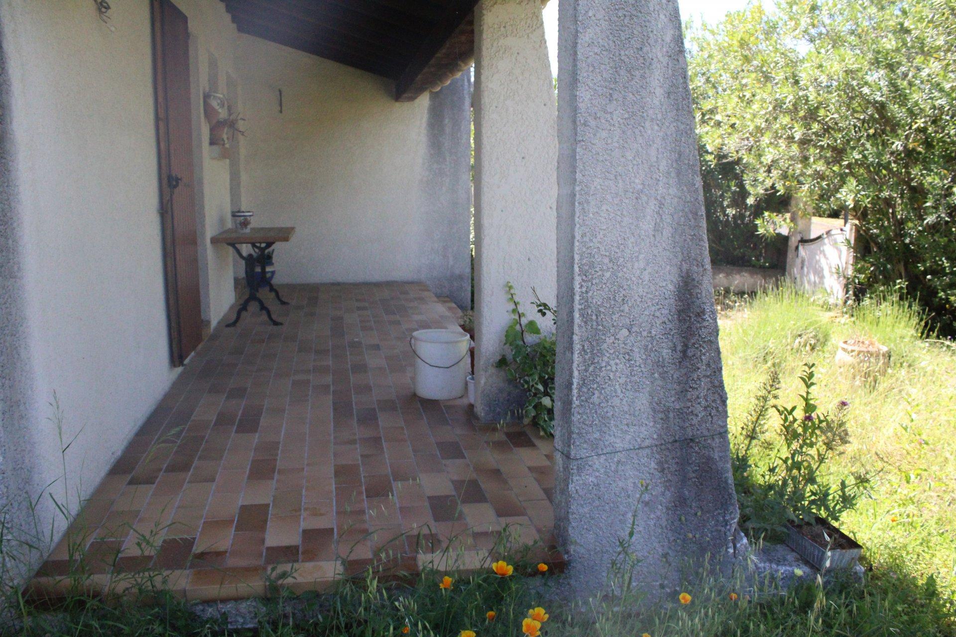 Vends maison de 120 m² - Villevieille - 289900 € FAI