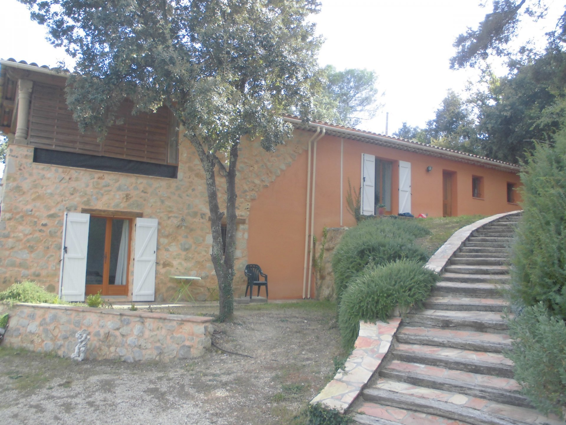 Lovely villa by the village of Montauroux