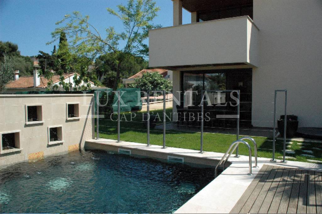 Seasonal rental Apartment villa - Juan-les-Pins Bord de Mer
