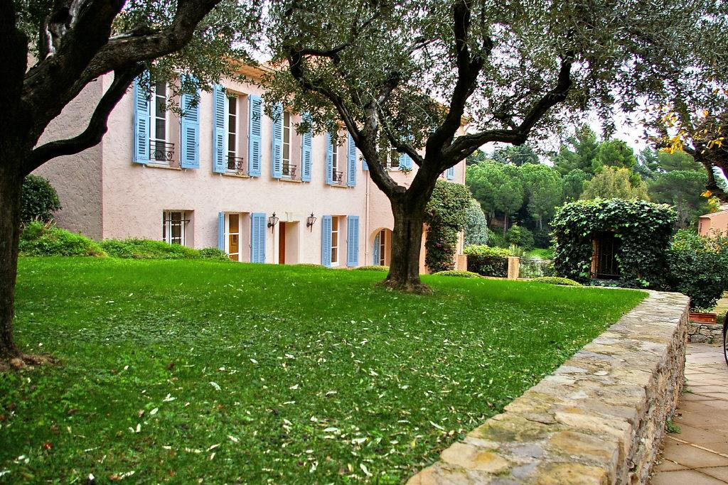 CANNES CROIX DES GARDES - SEA VIEW,  CHARMING VILLA