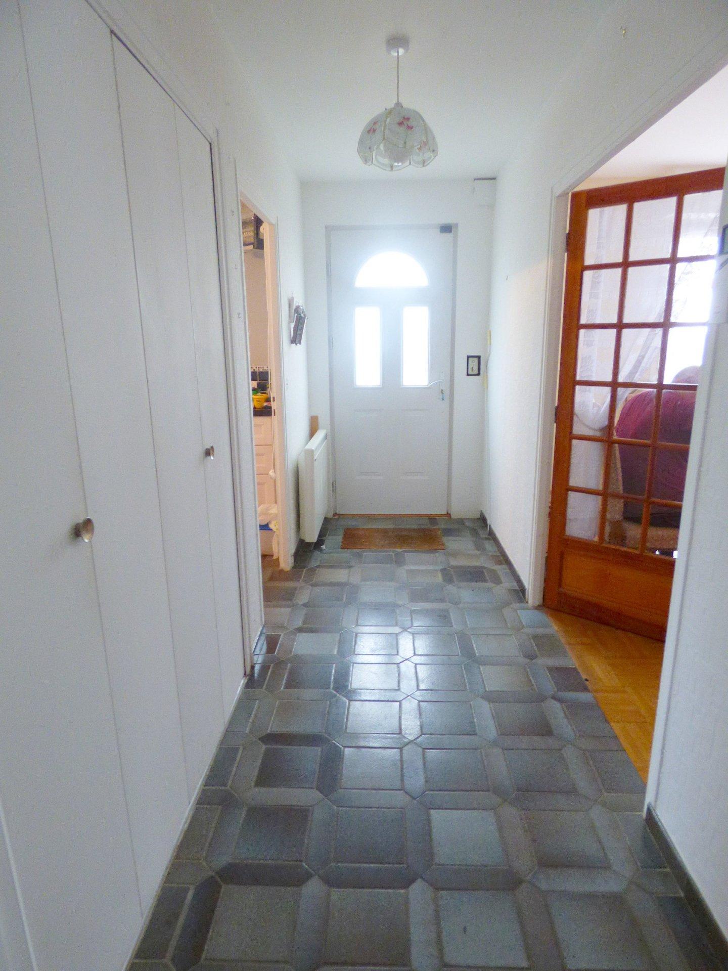 Sale House - Glomel