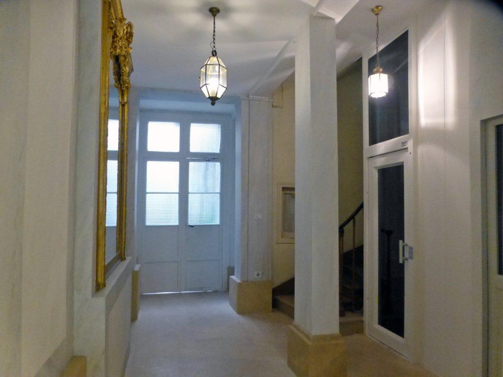 Location saisonnière, 68.5 m² 75007