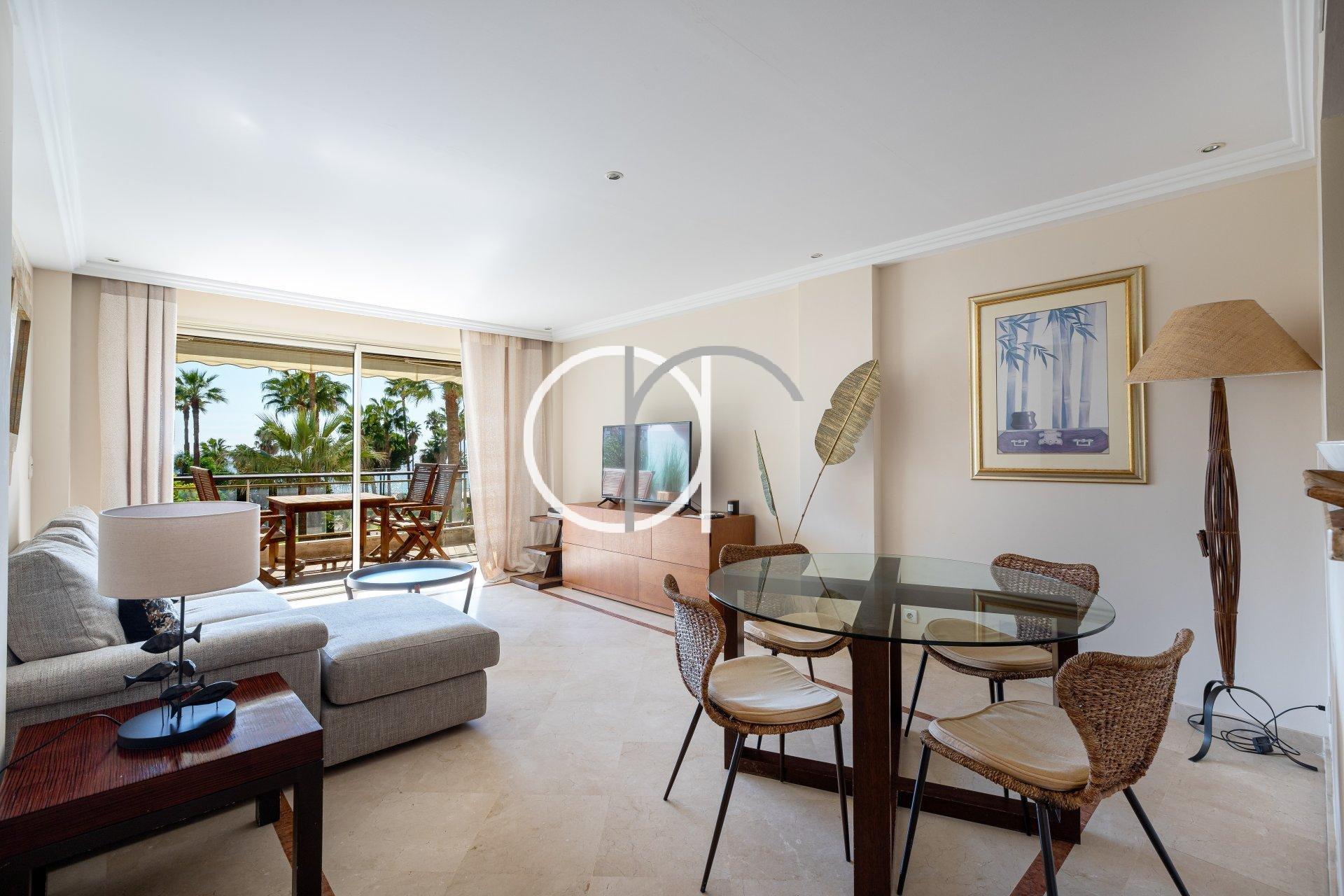 CROISETTE - GRAND HOTEL - 2 ROOMS SEA VIEW