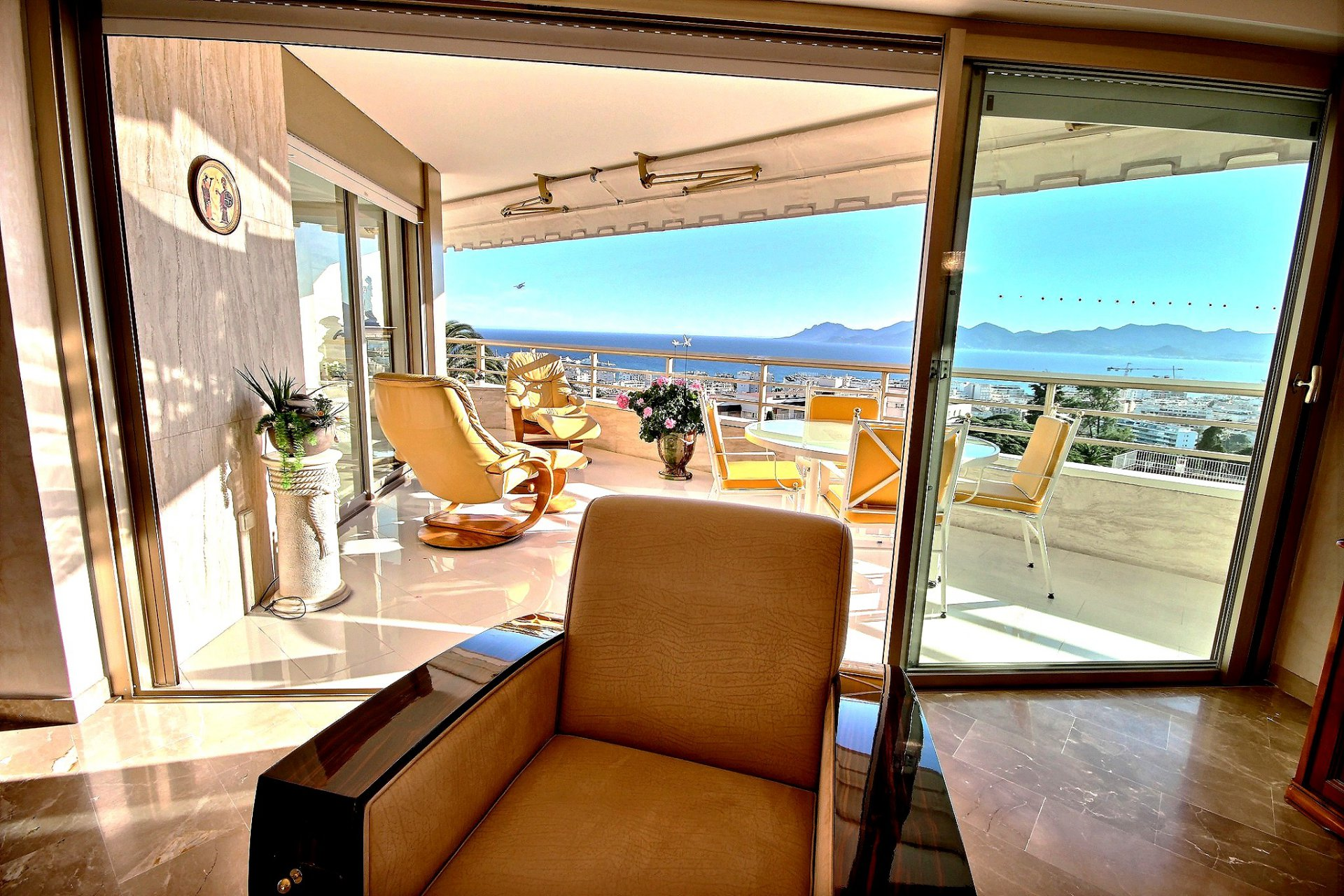 Beautiful property for sale in Cannes Californie with terrace sea view and swimming pool