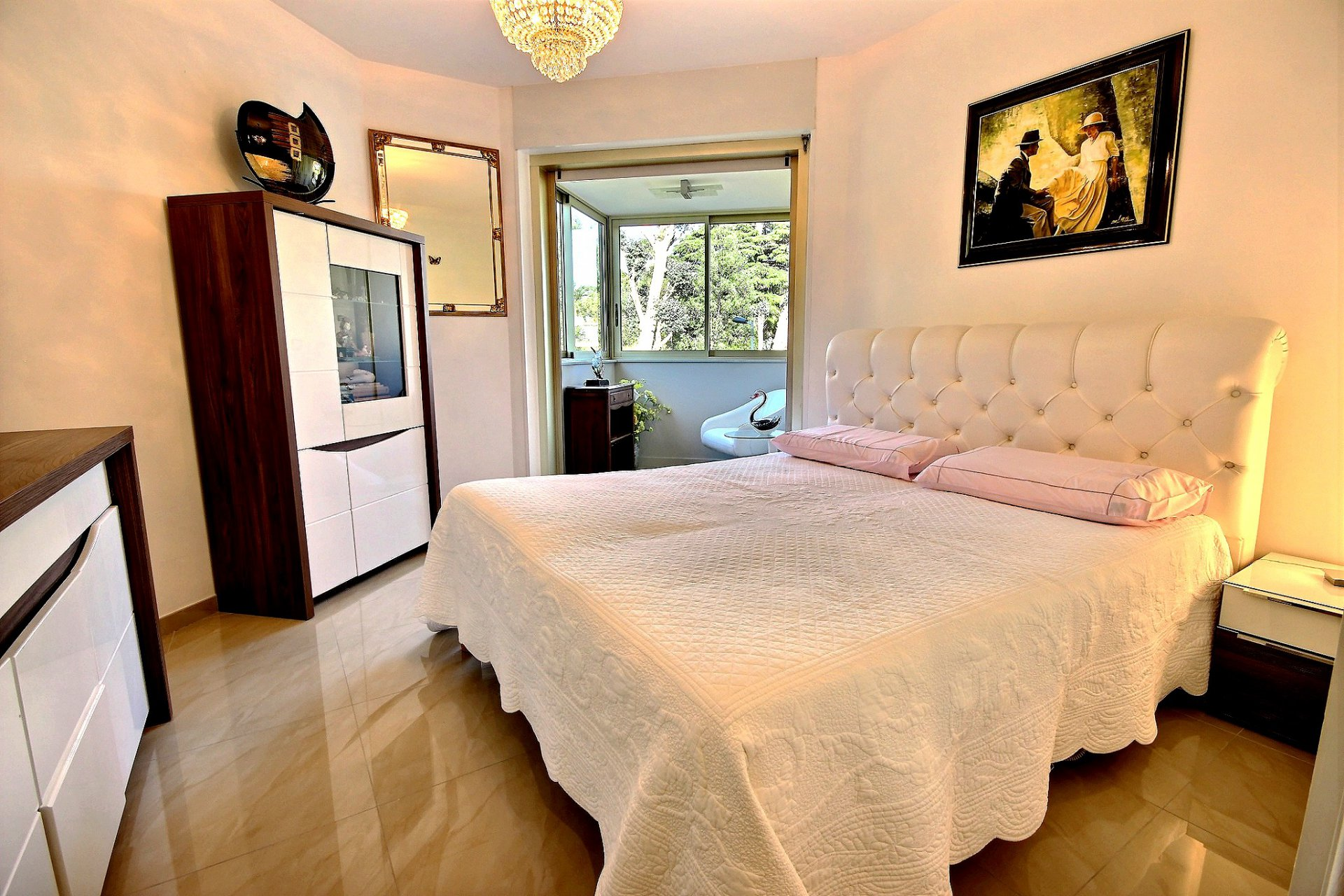 Beautiful property for sale in Cannes Californie with terrace sea view and swimming pool bedroom