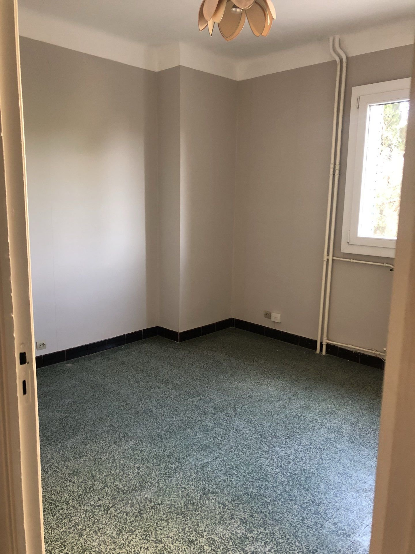 Appartement de Type 3/4 St giniez 13008