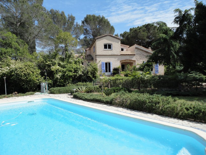 Superb Mas Provençal with a park of 3.5ha, swimming pool in the heart of the French Riviera