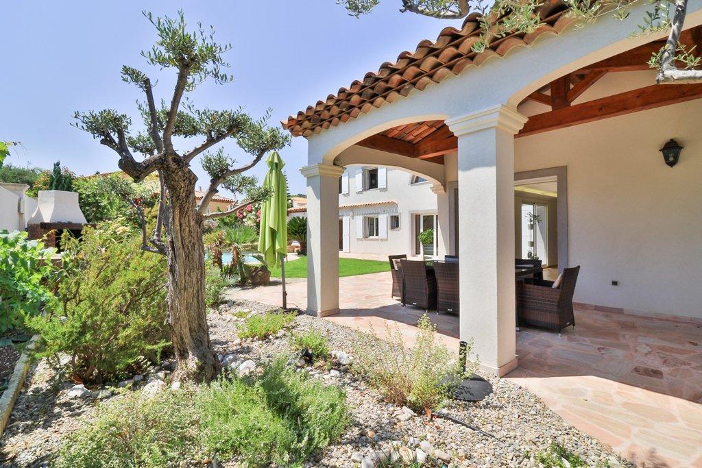 Sale Villa - Carqueiranne Le Pradon