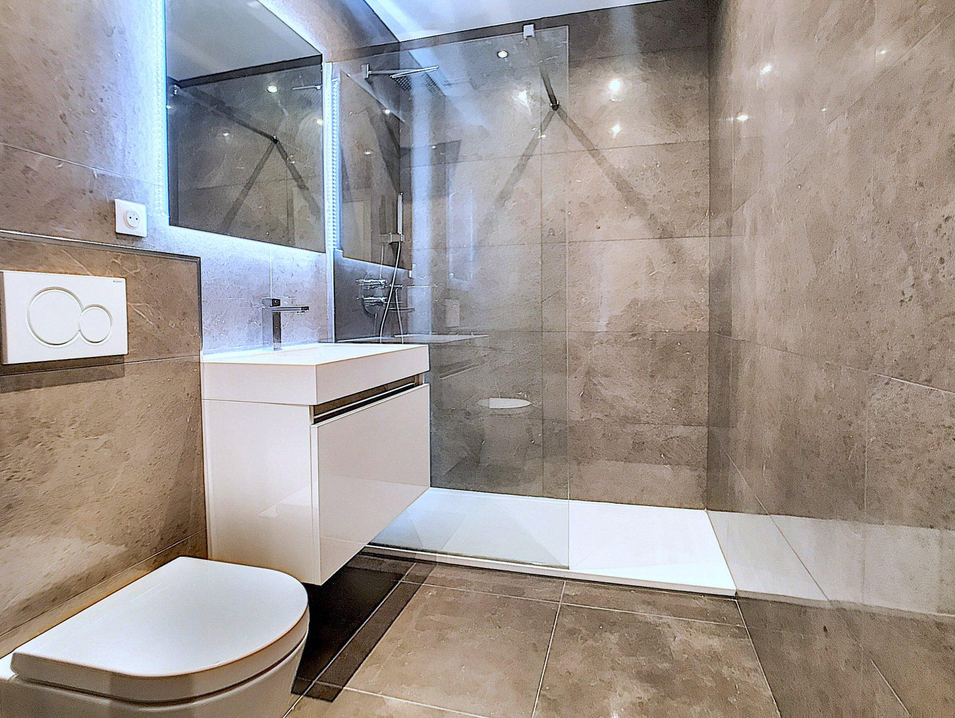 VENTE Appartement 4P 102M² Luxe Nice Début Promenade des Anglais Vue Mer Terrasse