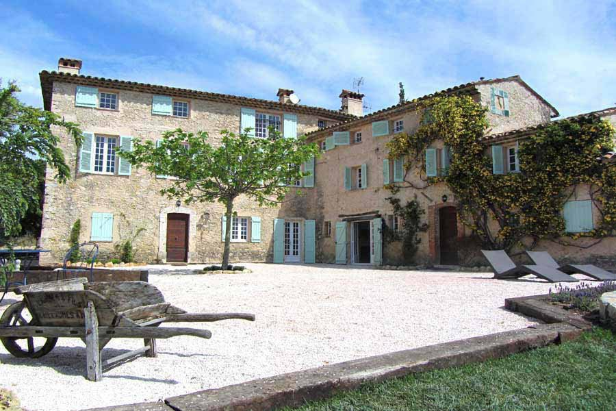 6 Bedroom Villa with pool in VALBONNE - ID VILLA CHIC