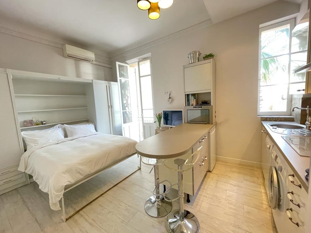 STUDIO Le Petit Perle - Luxury accommodation in Antibes centre