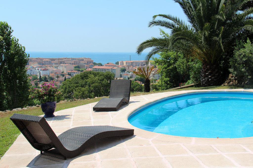 CANNES CROIX DES GARDES - BEAUTIFUL CONTEMPORARY  VILLA