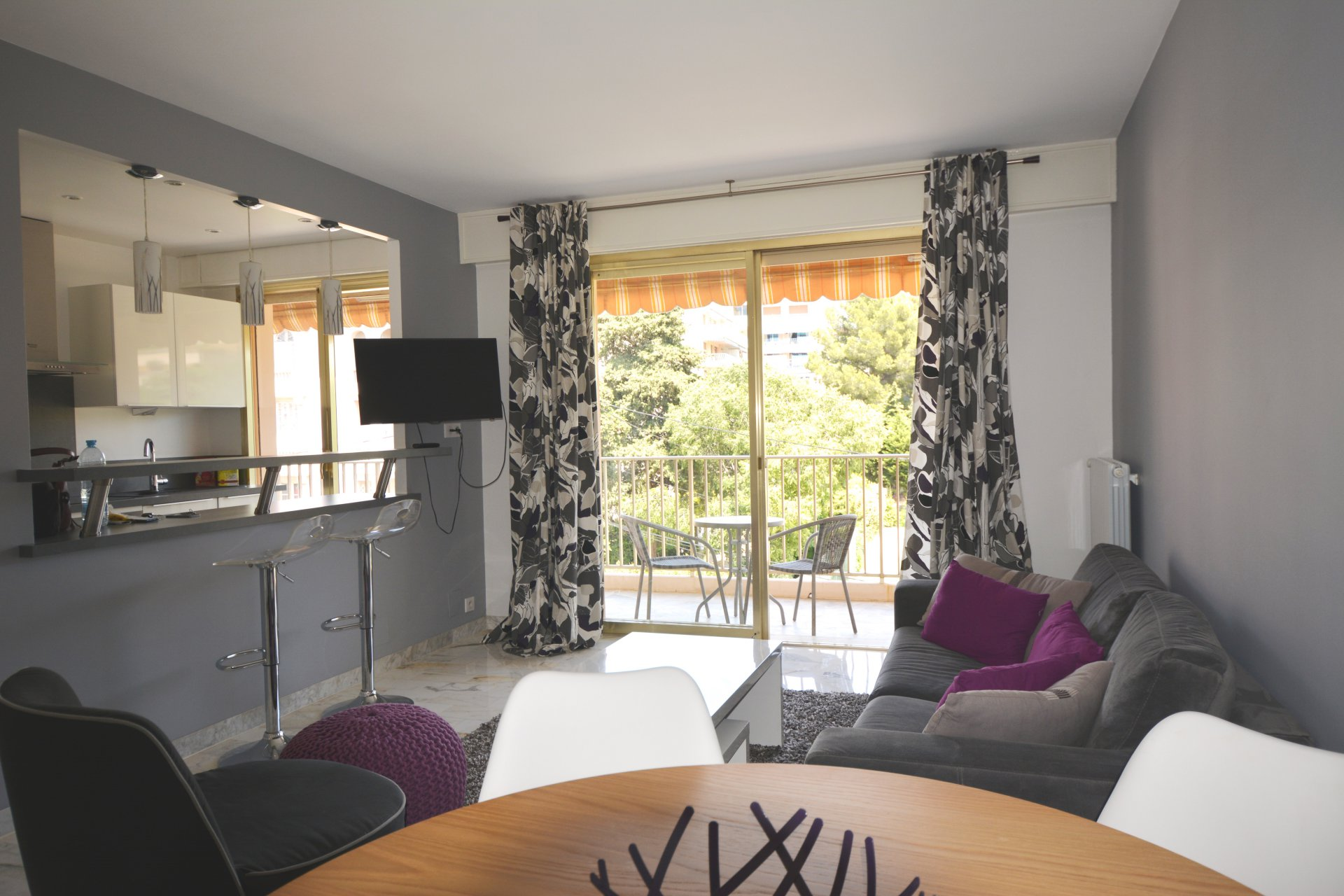 Seasonal rental Apartment - Juan-les-Pins