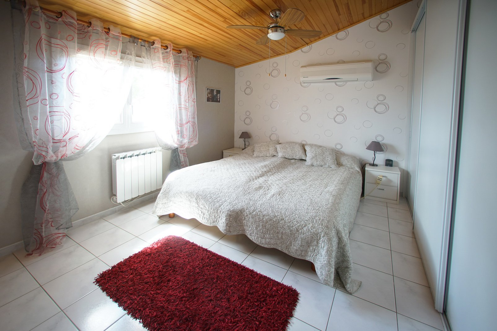 Villa with nice location and very good condition